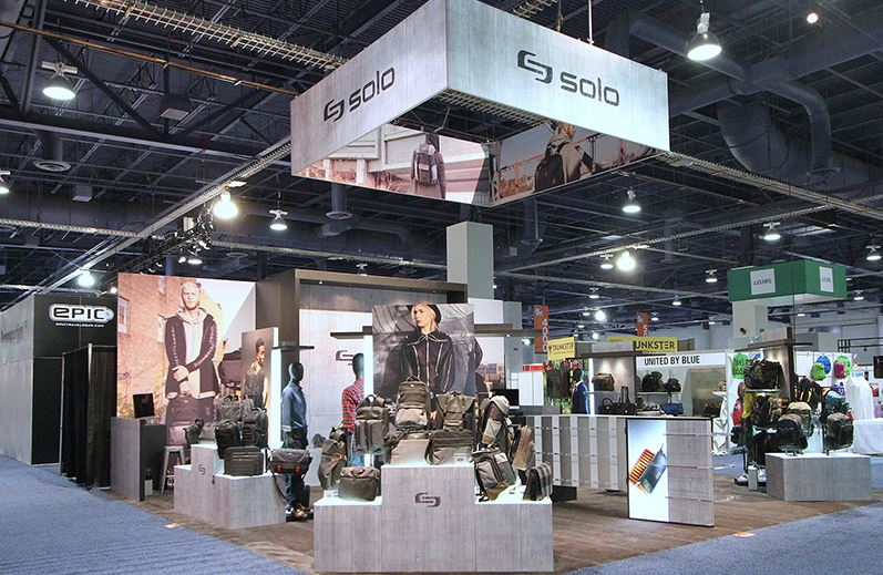Solo trade show display